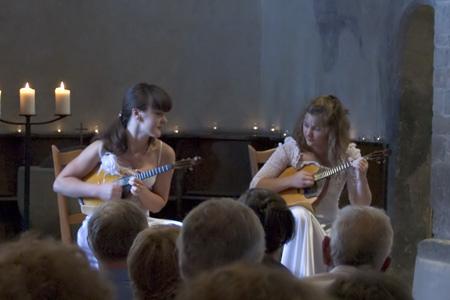 Anna Isakova und Olga Scheina